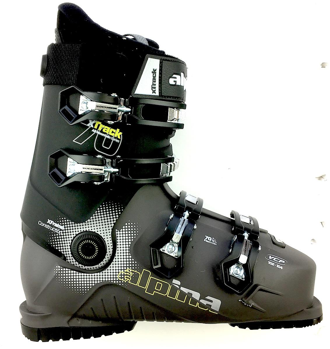 boots-alpinaxt70newside